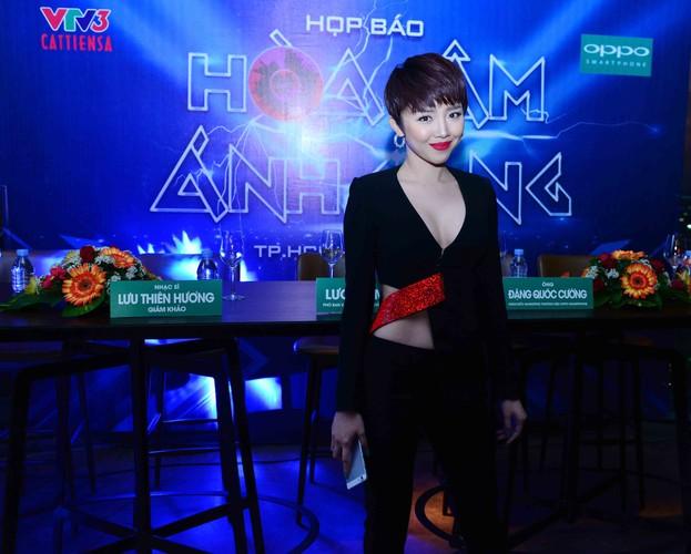 Dan thi sinh khung do bo gameshow The Remix-Hinh-3