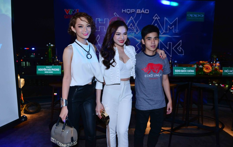 Dan thi sinh khung do bo gameshow The Remix-Hinh-5