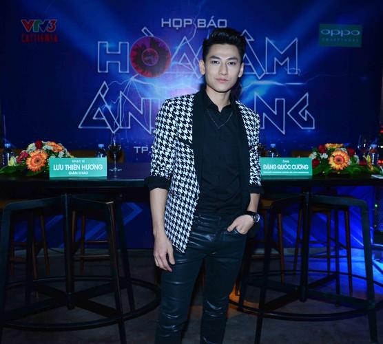 Dan thi sinh khung do bo gameshow The Remix-Hinh-6