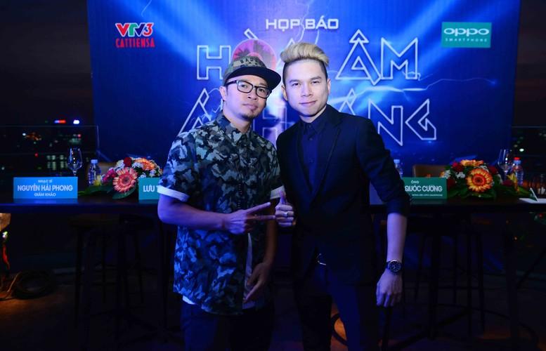 Dan thi sinh khung do bo gameshow The Remix-Hinh-8