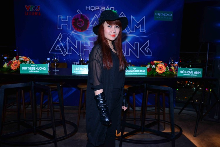 Dan thi sinh khung do bo gameshow The Remix-Hinh-9