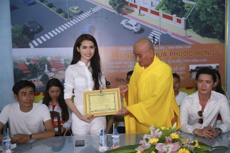 Mo Phan mung sinh nhat thu 26 cung nguoi ngheo-Hinh-10