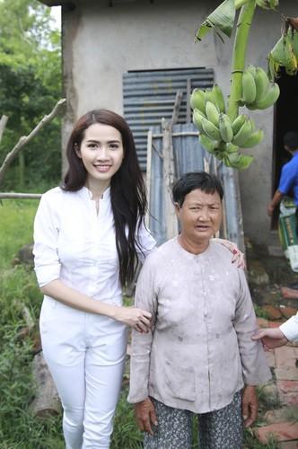 Mo Phan mung sinh nhat thu 26 cung nguoi ngheo-Hinh-8