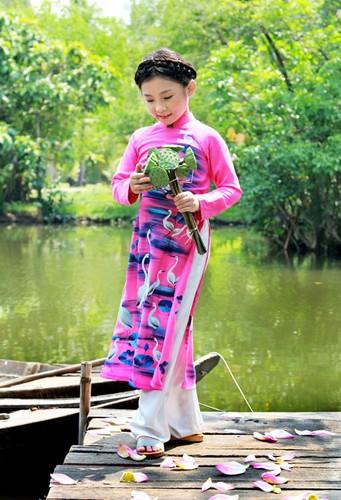 Tan chay voi ve dang yeu cua co be dan ca Nghi Dinh-Hinh-5