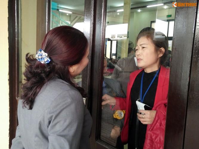 Anh: Hanh khach meu mao vi khong kip len tau ve que an Tet-Hinh-18