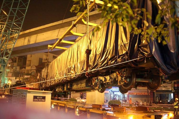 Anh: Cau thanh cong tau len ray duong sat tren cao Cat Linh – Ha Dong-Hinh-10