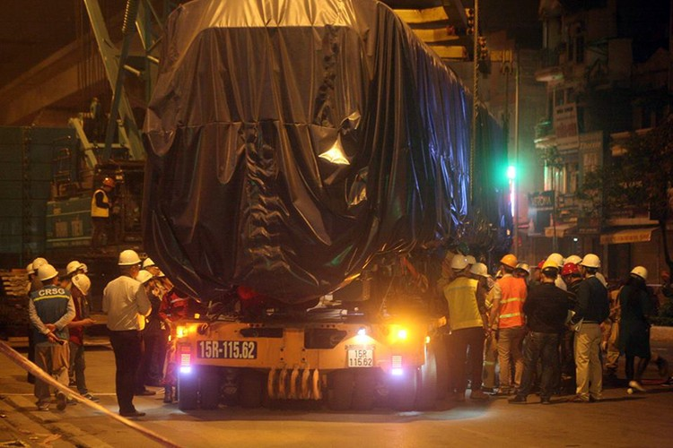 Anh: Cau thanh cong tau len ray duong sat tren cao Cat Linh – Ha Dong-Hinh-9