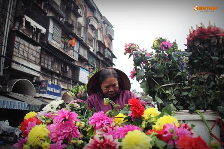 Anh: Nhung nguoi phu nu khong biet den hoa ngay 8/3-Hinh-5