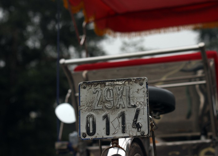 Ha Noi phat do xe vi pham: Hut dieu thuoc lao, mat 70 nghin-Hinh-5