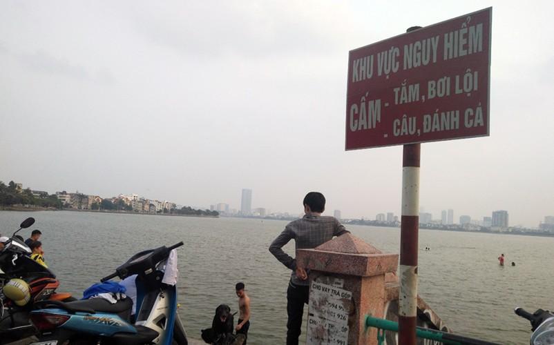 Anh: Nguoi Ha Noi dua cho xuong tam o ho Tay vi nang nong-Hinh-12