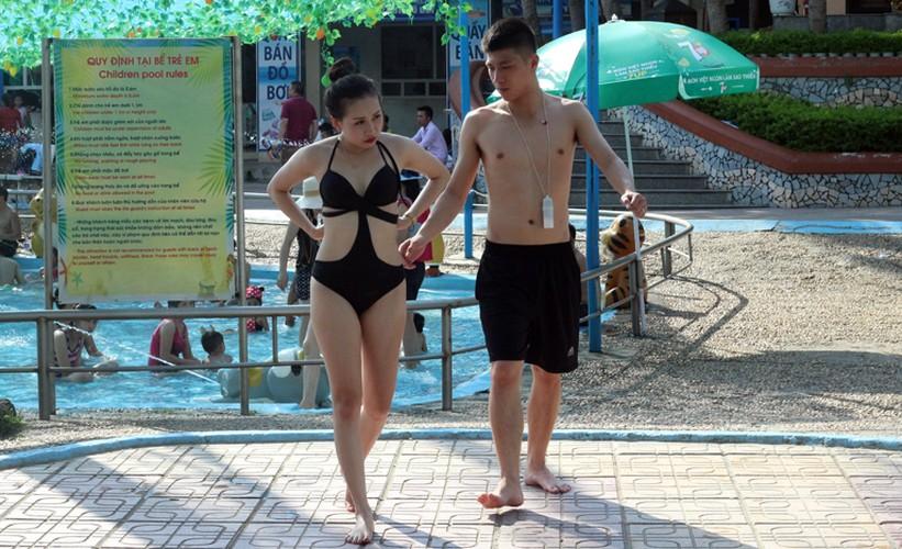 Anh: Nang nong, dan do xo nhau den cong vien Ho Tay tam giai nhiet-Hinh-18