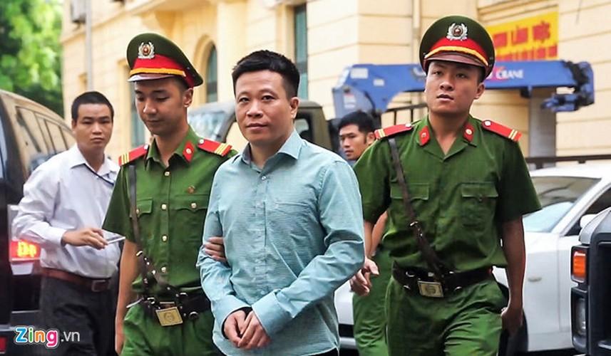 La lung: Mang toi danh chong chat, Ha Van Tham van cuoi tuoi-Hinh-4