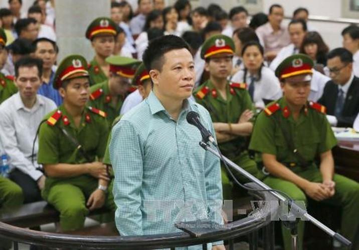 La lung: Mang toi danh chong chat, Ha Van Tham van cuoi tuoi-Hinh-6