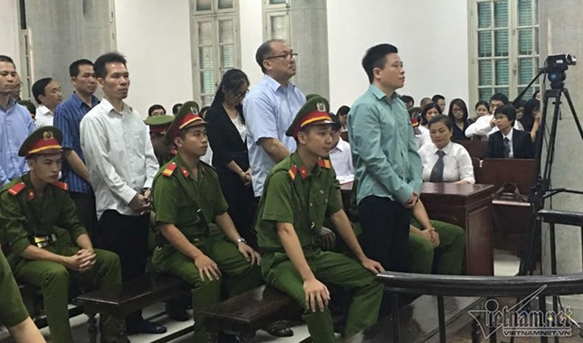 La lung: Mang toi danh chong chat, Ha Van Tham van cuoi tuoi-Hinh-8