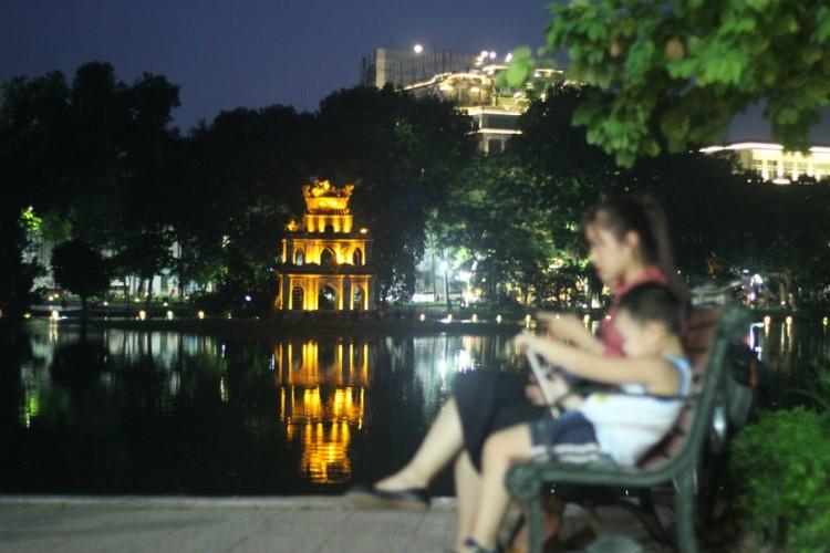 Pho phuong Ha Noi, TP.HCM soi dong chao don Quoc khanh 2/9-Hinh-8