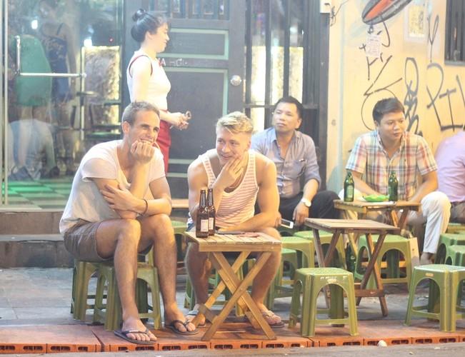Pho phuong Ha Noi, TP.HCM soi dong chao don Quoc khanh 2/9-Hinh-13