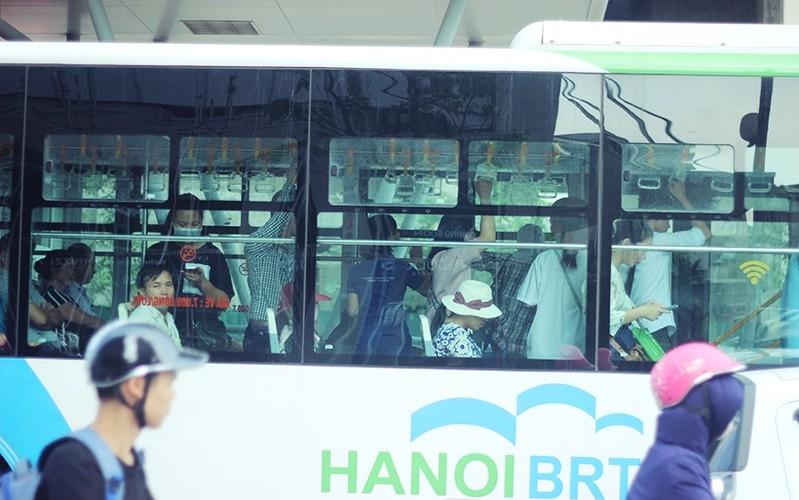 "Buyt nhanh BRT vang khach sau phat bieu ""qua tai""-Hinh-11"