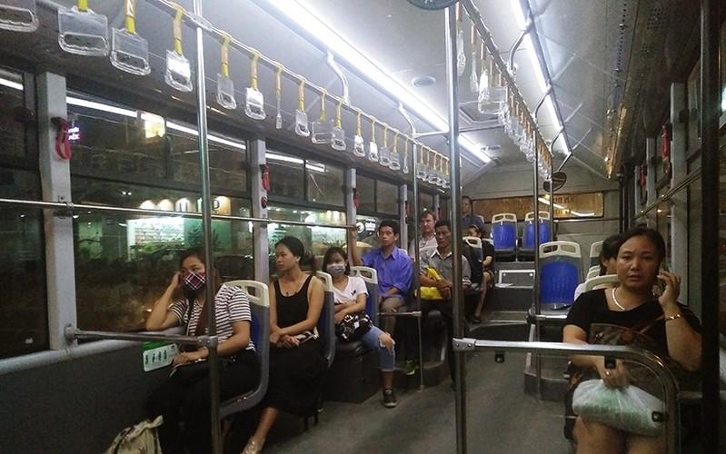 "Buyt nhanh BRT vang khach sau phat bieu ""qua tai""-Hinh-5"
