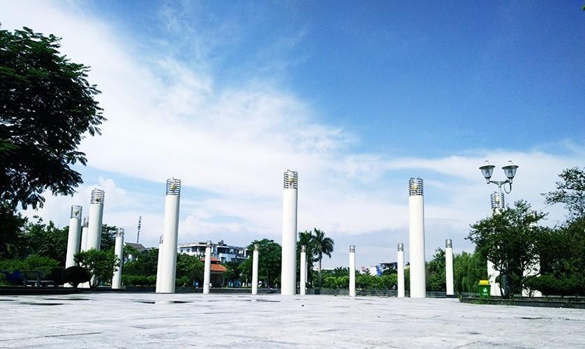 """HN: Cong ty CPDT Van Phu """"phu phep"""" dat cong vien thanh nha hang?-Hinh-9"""