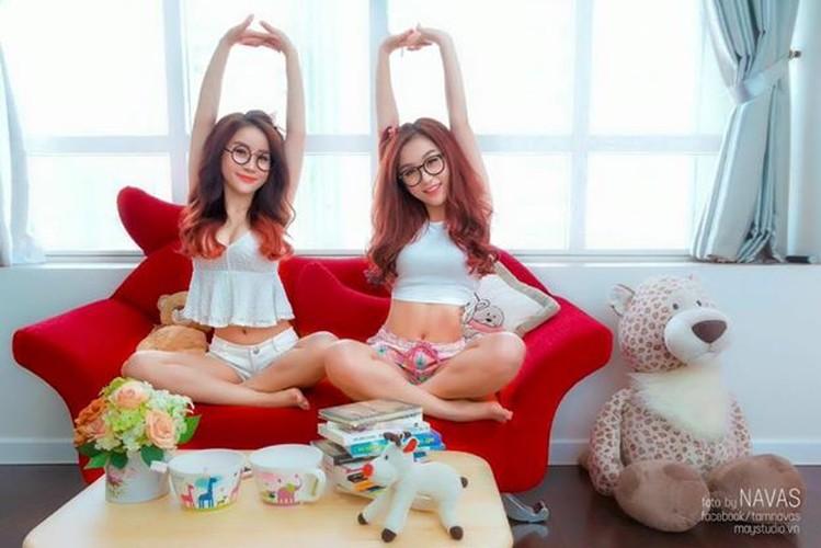 Gai xinh gia lam chi em sinh doi dot nong mang Viet-Hinh-3