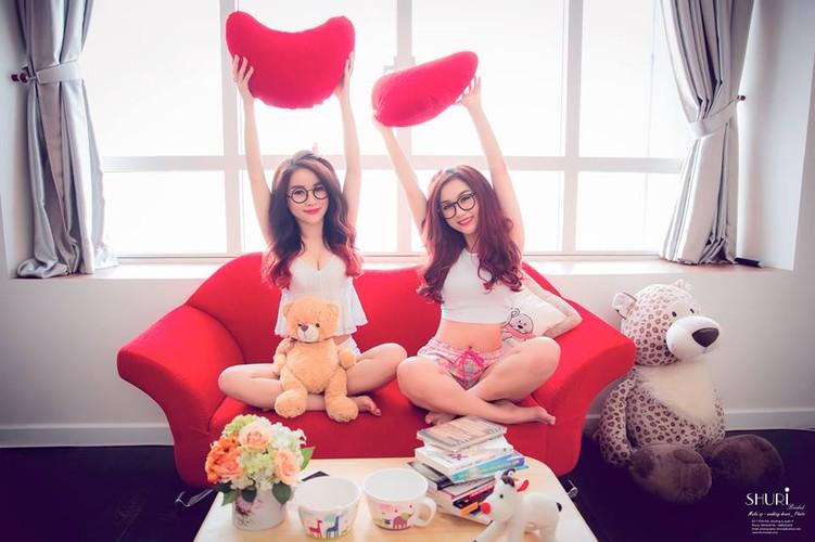 Gai xinh gia lam chi em sinh doi dot nong mang Viet-Hinh-8