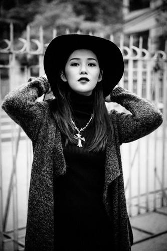 Hot girl Milan Pham bat ngo hoa Ly Mac Sau cuc xinh-Hinh-10