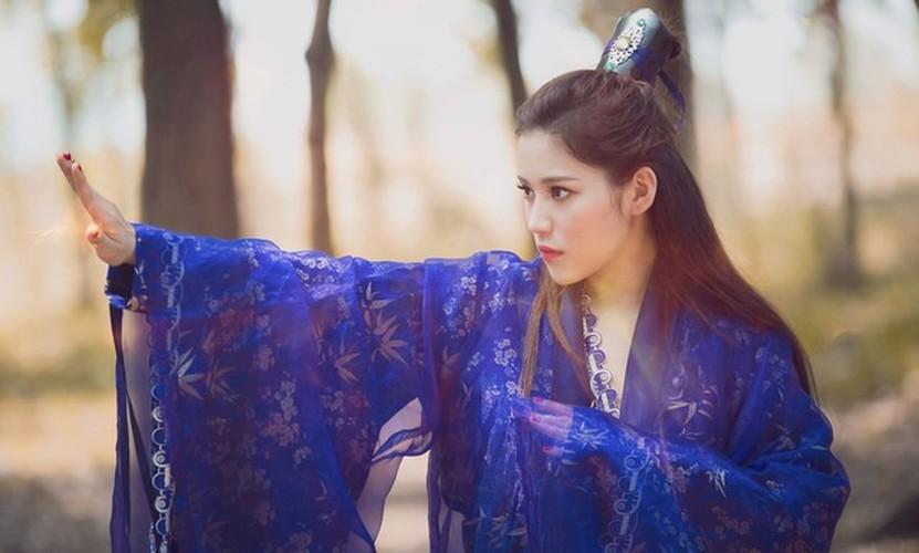 Hot girl Milan Pham bat ngo hoa Ly Mac Sau cuc xinh-Hinh-6