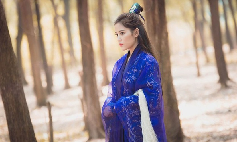 Hot girl Milan Pham bat ngo hoa Ly Mac Sau cuc xinh-Hinh-7