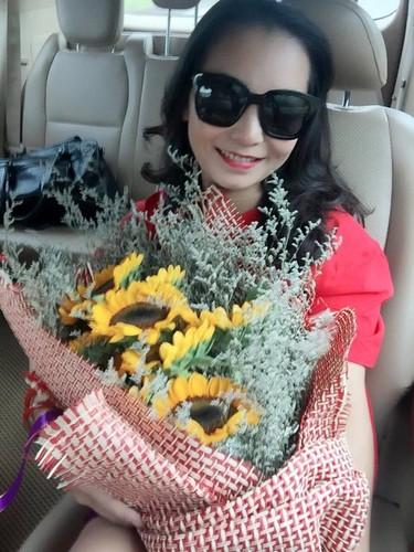 Nang dau khoe me chong U40 tre trung nhu thieu nu-Hinh-4