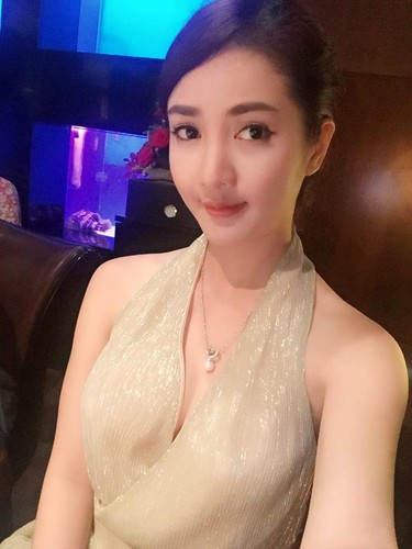 Nhung hot girl tai gioi trung ten tan Hoa hau Viet Nam-Hinh-8