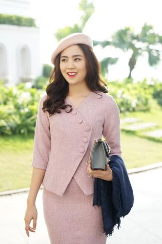 "Nhan sac thoi ""tre trau"" cua MC dep nhat VTV-Hinh-10"