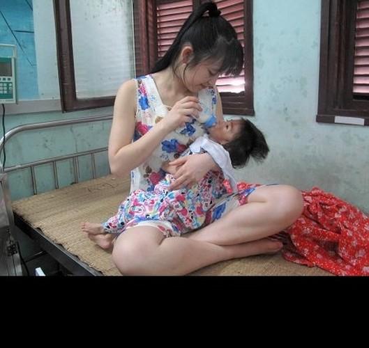 """Gia the """"tien nu Lao Cai"""" nuoi be 14 thang nang 3,5kg-Hinh-9"""