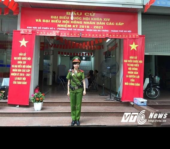 Tai sac nhung nu sinh canh sat duoc thang ham vuot cap-Hinh-3