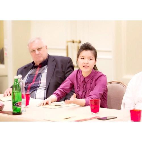 Chan dung co gai goc Viet lam viec cho to Huffington Post-Hinh-2