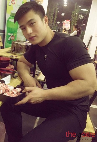 Hot boy canh sat co body 6 mui day nam tinh-Hinh-7