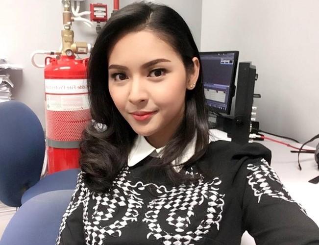 Hot girl ban xang bat ngo noi tieng vi qua xinh-Hinh-5