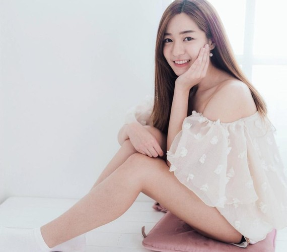 Bac si nha khoa noi tieng vi xinh nhu hot girl-Hinh-5