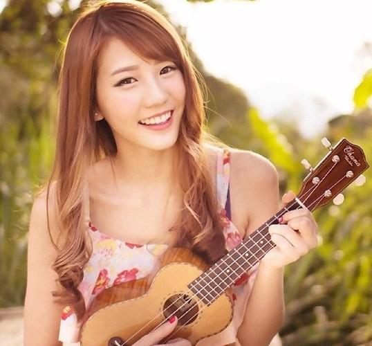 Nhung hot girl, hot boy den Viet Nam khien fan nao loan-Hinh-4