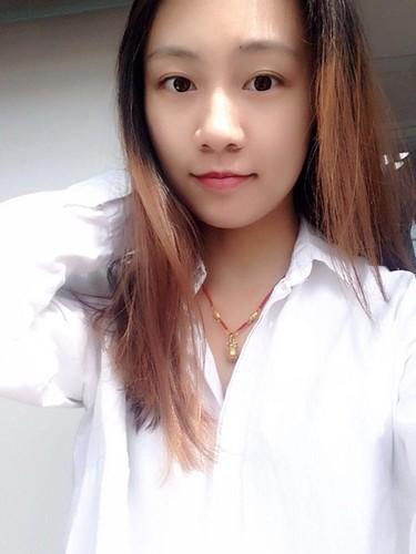 Co gai xau xi bat ngo tro thanh hoa khoi dai hoc-Hinh-8