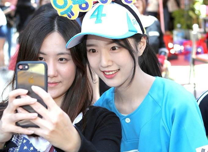 Con gai cua ung vien tong thong Han Quoc cuc hut fan-Hinh-4