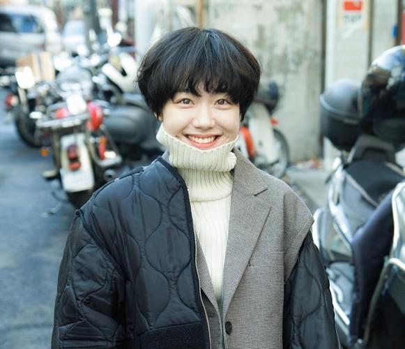 Hot girl Han Quoc co nu cuoi me hoac van chang trai-Hinh-7