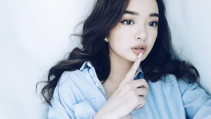 "Nhung hot girl mat tron, cam vuong de thuong ""don tim"" dan mang-Hinh-3"