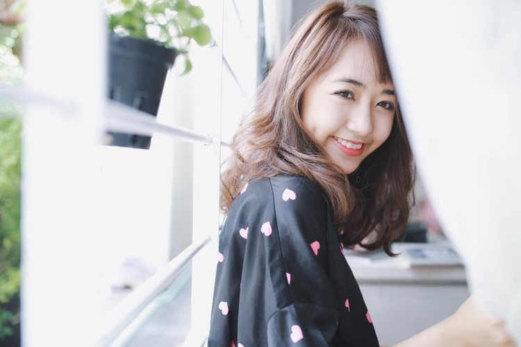 "Nhung hot girl mat tron, cam vuong de thuong ""don tim"" dan mang-Hinh-9"