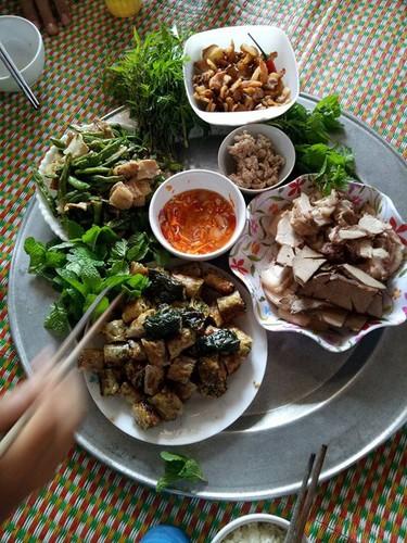 "Khoe mam com ""xoang"" gia 450 nghin, me tre bi che ""chem gio""-Hinh-4"