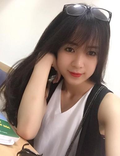 Anh doi thuong xinh dep cua nu sinh hot nhat DH Thang Long-Hinh-4