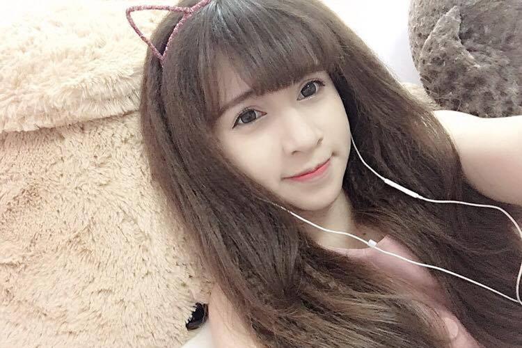 Nu sinh Su pham xinh dep thuong bi nham la con lai-Hinh-4