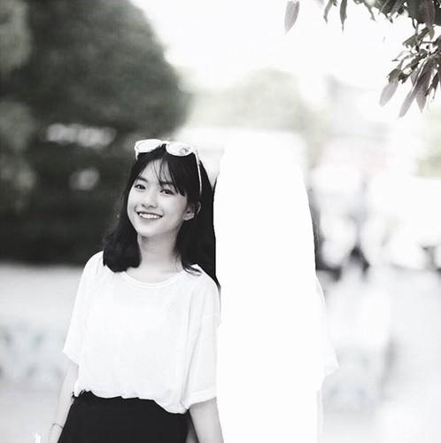 """Nu sinh 2001 xinh dep """"choi chang"""" tua nang mua he gay sot-Hinh-5"""