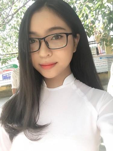"Trong Dai, Quang Hai U20 Viet Nam khoe ""bo"" xinh nhu hot girl-Hinh-5"