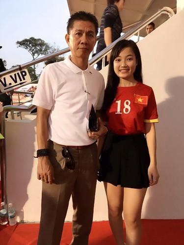 "Trong Dai, Quang Hai U20 Viet Nam khoe ""bo"" xinh nhu hot girl-Hinh-9"