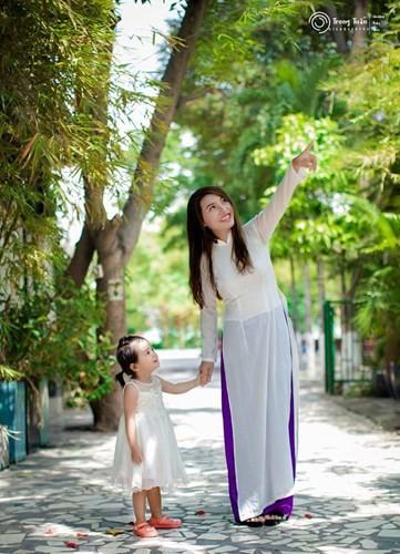 Phuong Thi No cong khai y dinh nang nguc, sua rang-Hinh-5